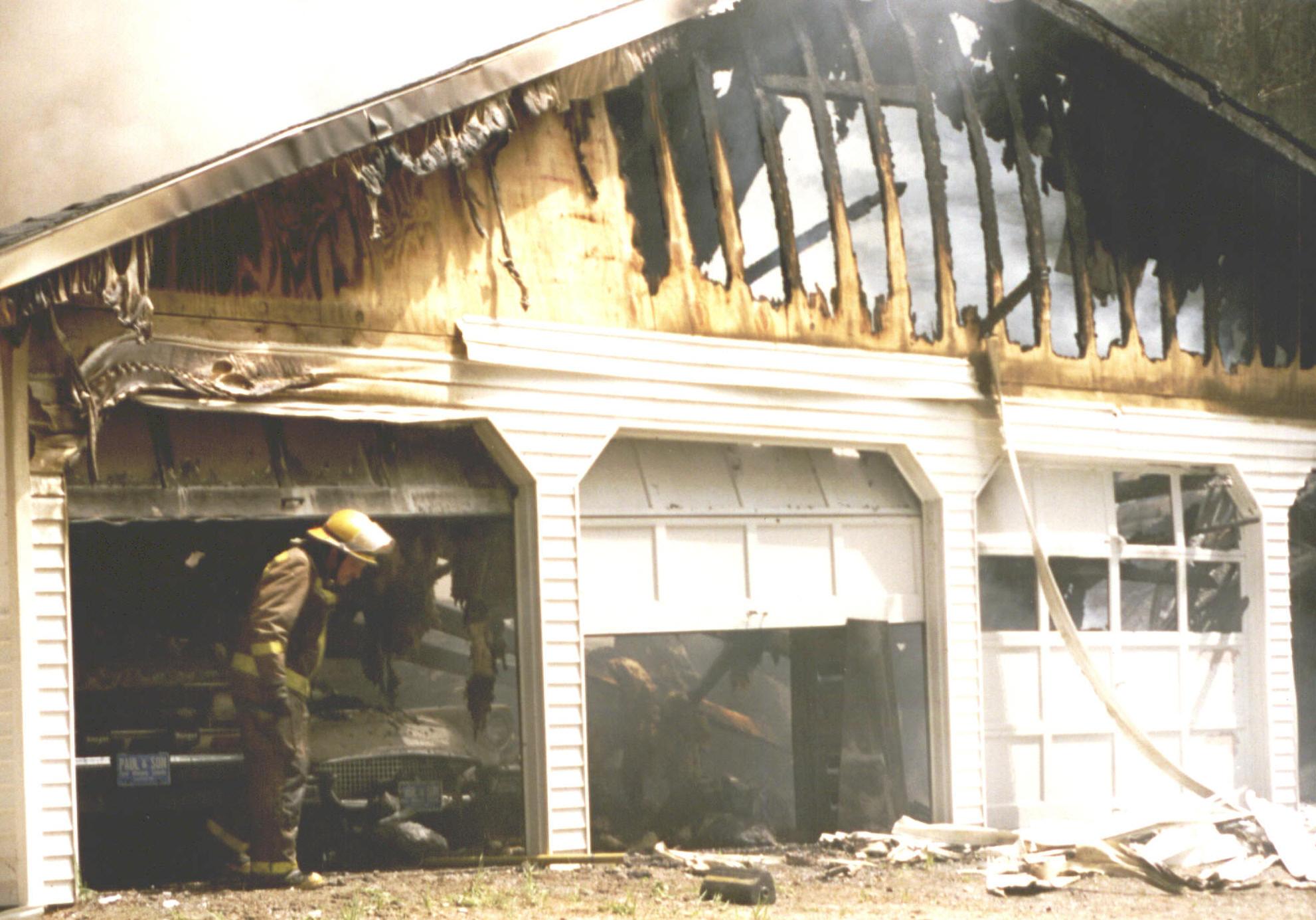 Claremont firefighters association - Garage thibault pontlevoy ...